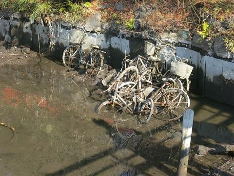 2014-01-22-11投棄自転車-4-12%.jpg